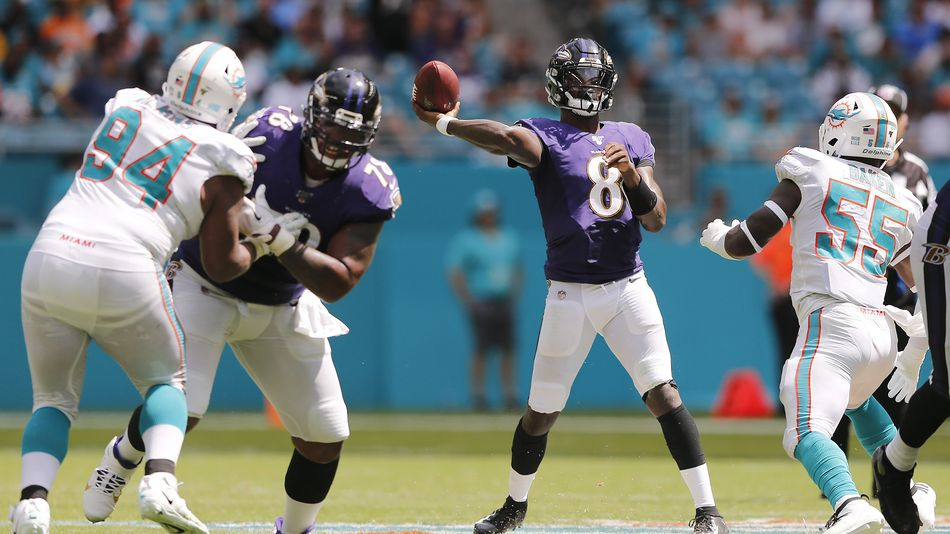 A new VR game lets you recreate real plays as NFL MVP Lamar Jackson